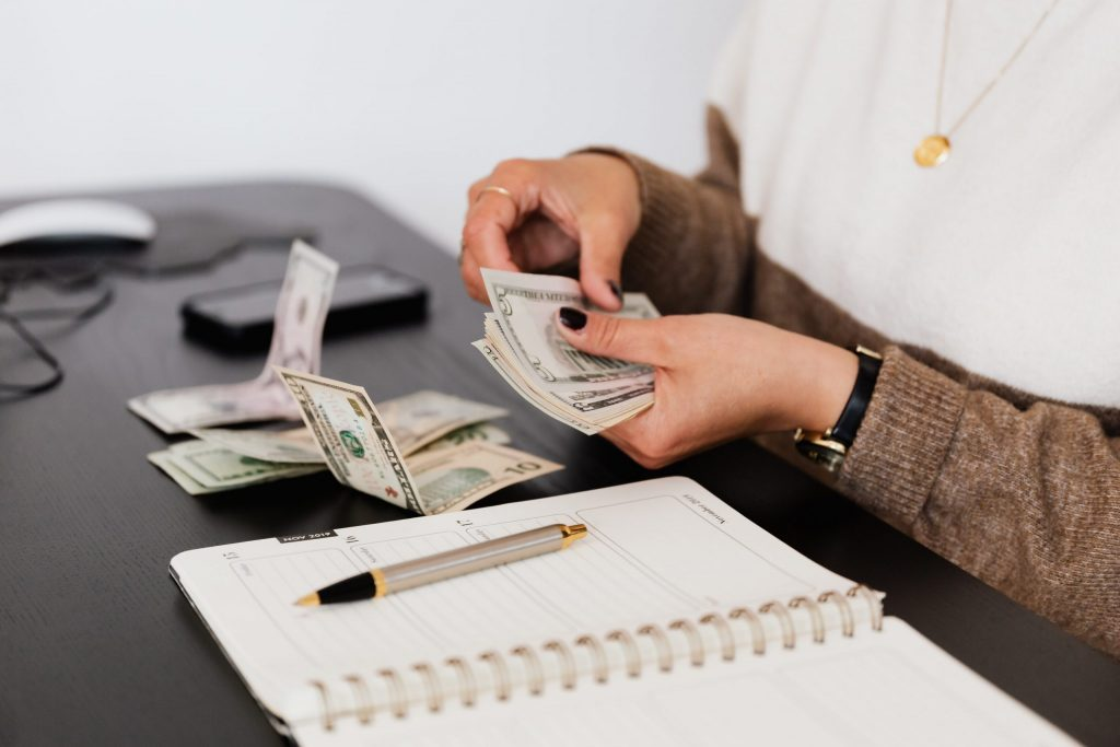 HOW TO START A SCHOLARSHIP FUND IN FEW EASY STEPS